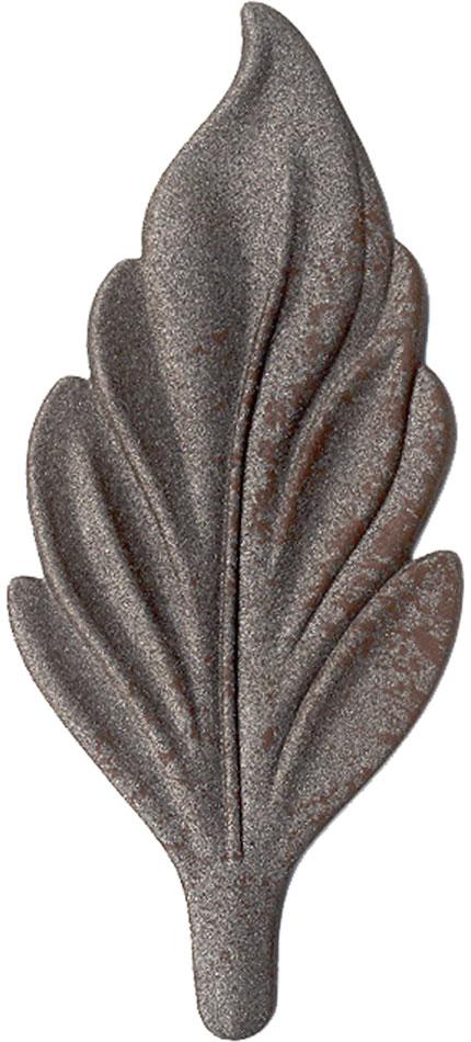 Aged Iron finish chip